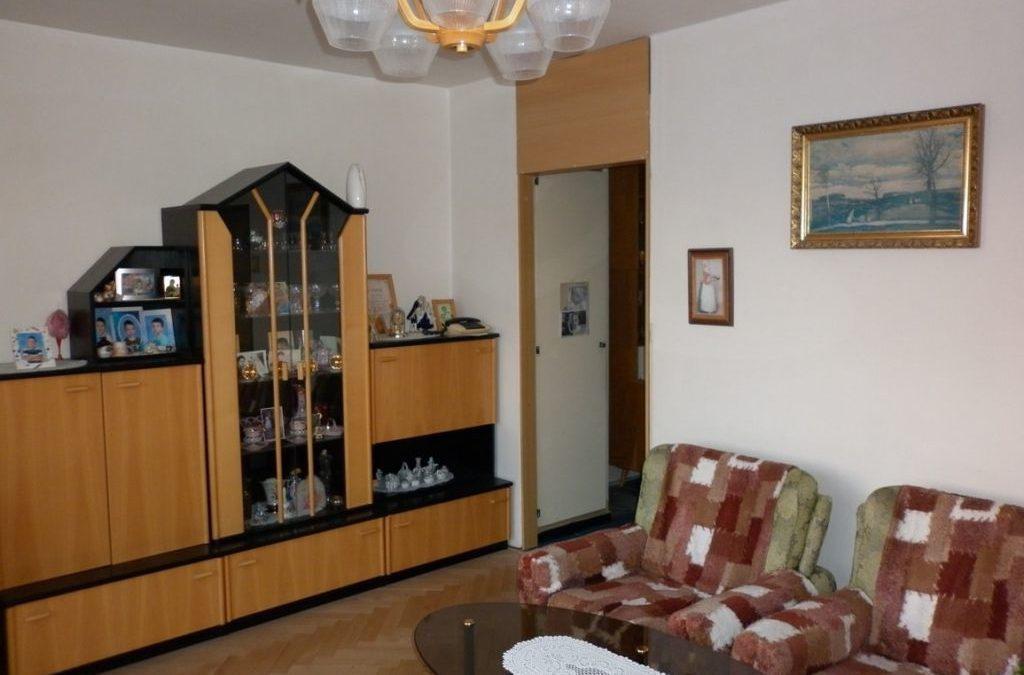 Prodej  bytu 3 + kk  , 56 m2, Praha Záběhlice.